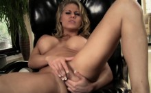 Charisma Cappelli Cums in her Chair
