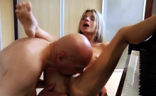 Skinny vixen Gina Gerson trembling while cumming