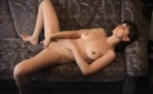 While she masturbates to her climax amateur porn mature wom