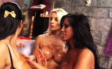 Horny bitches get banged in a lesbian threesome