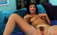 Milf Begs Her Guy To Pound Her Harder