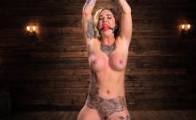 Tattoo pornstar bdsm bondage with cumshot