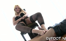 Rod sucking delights from staggering diva